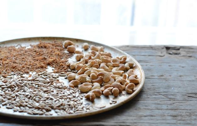 Choc Cranberry Pistachio Granola 1
